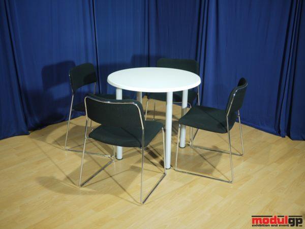 Ikea asztal, 4db Tallin székkel