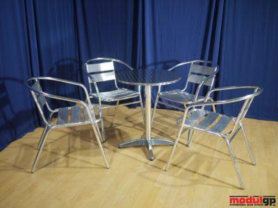 Kültéri alu asztal, 4db alu székkel