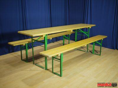 Sörpad garnitúra, 1db asztal és 2db sörpad
