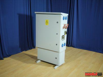 30*80 A-es (50 kW-os) kapcsolószekrény