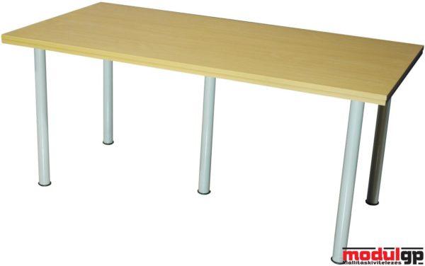 Bükk asztal